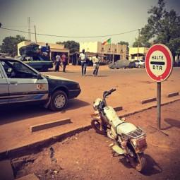#Off2Africa Jour 84 Kankan Guinée - Bamako Mali © GILLESDENIZOT