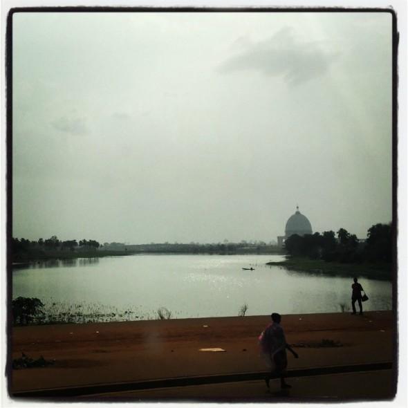 #Off2Africa Jour 90 Yamoussoukro Côte d'Ivoire © GILLESDENIZOT